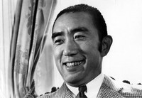 Yukio Mishima is interviewed at his home in Tokyo's Minamimagome district in this December 1968 file photo. (Mainichi)