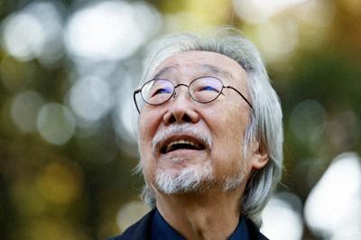 歌手の小室等さん=東京都練馬区で2020年11月18日、吉田航太撮影