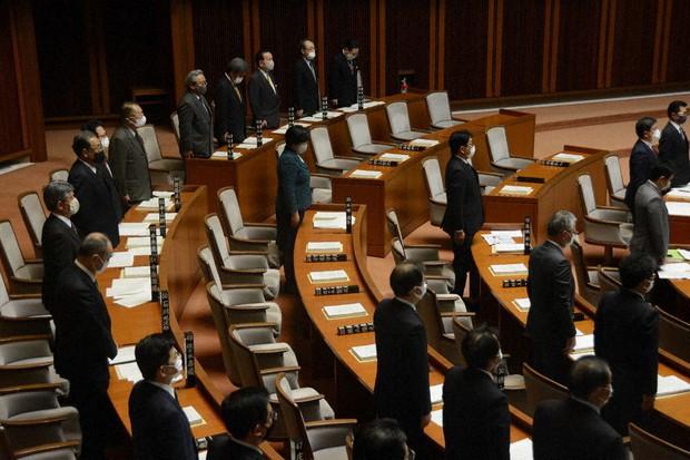 宮城県議会、異例の14人欠席 感染議員名は非公表、閑散としたまま議事 ...