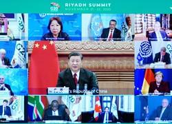 オンライン形式で開かれたG20サミット2日目の会議に出席した中国の習近平国家主席(新華社/共同通信イメージズ)