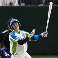 【ホンダ-セガサミー】六回裏セガサミー1死、小野田が同点本塁打を放つ=東京ドームで2020年12月2日、平川義之撮影