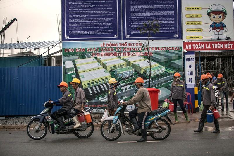 中小企業も海外進出が進む(ベトナムの工業団地)(Bloomberg)