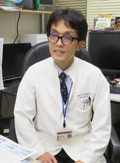 インタビューに応じる日本医大武蔵小杉病院の勝俣範之教授=川崎市の同病院で2020年11月4日、小川祐希撮影