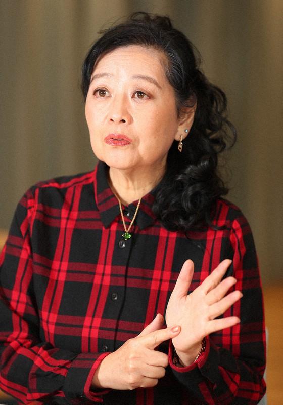 教授 岡田 晴恵