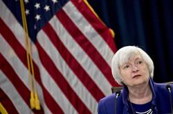 イエレン氏の財務長官就任で、政府とFRBの関係改善が進み「米長期金利の低位安定」への目配りは続くだろう Bloomberg