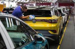 電動化に大きくかじを切ったドイツの自動車業界(Bloomberg)