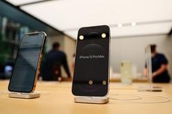 5G対応の新型iPhoneも関連需要を喚起(Bloomberg)