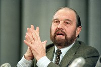 In this Jan. 15, 1992 file photo, George Blake, a former British spy who doubled as a Soviet agent, gestures during a news conference in Moscow. (AP Photo/Boris Yurchenko, File)