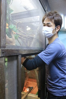 An employee of an animal import wholesaler is seen in Kakegawa, Shizuoka Prefecture, on Dec. 17, 2020. He contracted a virus from a southern flying squirrel, and developed kidney failure. (Mainichi/Tomofumi Inagaki)