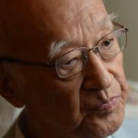 インタビューに答える作家の半藤一利さん=東京都世田谷区で2014年9月17日、宮間俊樹撮影