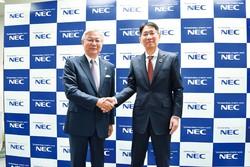 NECの新野隆社長兼CEOと次期社長の森田隆之副社長兼CFO(右) NEC提供