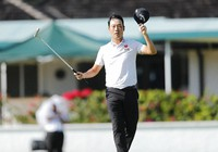 Kevin Na reacts after winning the final round of the Sony Open golf tournament on Jan. 17, 2021, at Waialae Country Club in Honolulu. (Jamm Aquino/Honolulu Star-Advertiser via AP)