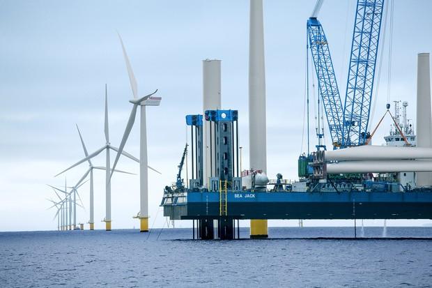 デンマーク最大のアンホルト洋上風力発電所(オーステッドのホームページ)
