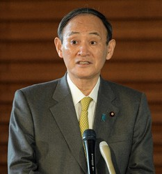 Prime Minister Yoshihide Suga is seen at the prime minister's office in Tokyo on Jan. 21, 2021. (Mainichi/Kan Takeuchi)