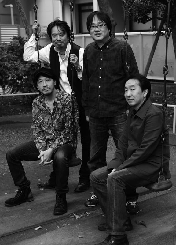 「六角精児バンド」も率いる ファーストアルバム「石ころ人生」より