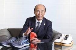 Interviewer 藤枝 克治(本誌編集長)Photo 山本 仁志、神戸市中央区の本社で
