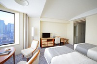 This photo shows a studio room (about 30 square meters). (Photo courtesy of Imperial Hotel Ltd.)