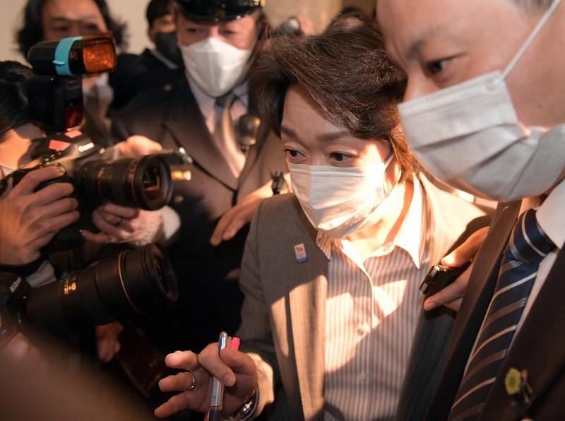 火中の栗を拾った橋本聖子氏の「覚悟」 組織委会長、当初は難色 | 毎日新聞