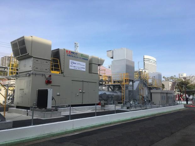 川重とNEDOが設置した水素ガスコージェネレーション設備 川崎重工業提供