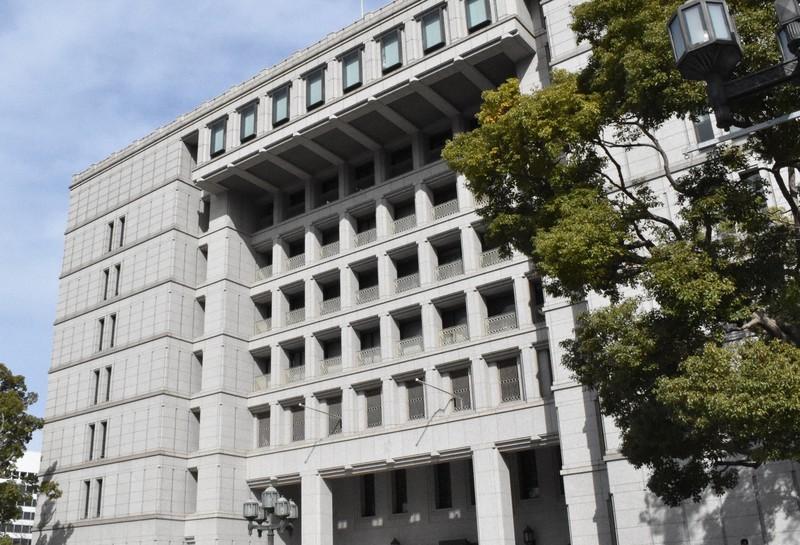 大阪市役所=大阪市北区中之島1で2019年3月18日、林由紀子撮影