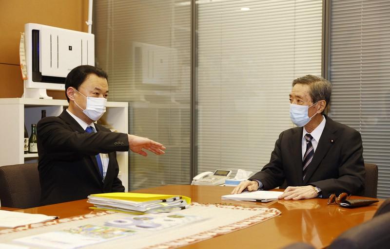 亘 竹下 竹下亘氏の経歴と華麗なる家系図と気になる息子さん出身高校大学は!