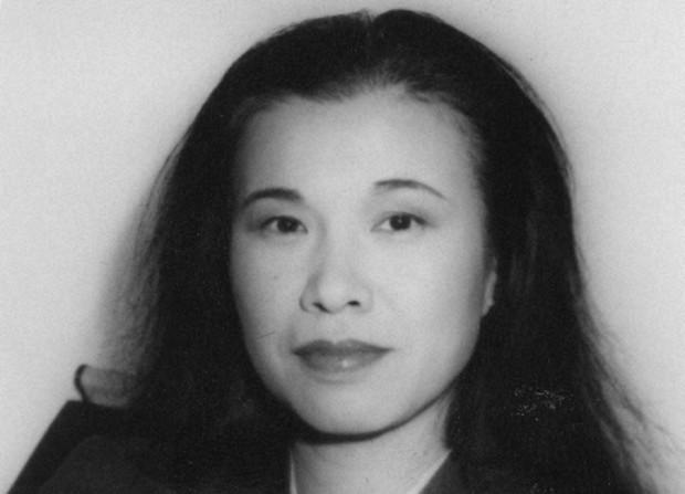 石岡瑛子(1986年12月3日撮影)