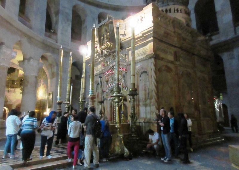 聖墳墓教会の中にあるキリストの墓所(写真は筆者撮影)