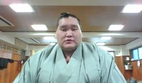 Sekiwake sumo wrestler Terunofuji expresses his resolve ahead of the March tournament during an online news conference on March 1, 2021.(Mainichi)