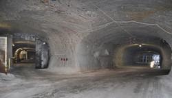 地下約800メートルに広がるゴアレーベンの高レベル放射性廃棄物最終処分場の候補地。坑道は迷路のように枝分かれし、10キロに及んでいた=2013年7月、篠田航一撮影