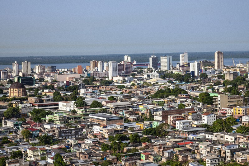 ブラジル・マナウス市の風景。市内には日本の総領事館や日本人学校があり、日系企業が進出し、日系人も多く住む=ゲッティ