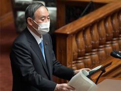 参院本会議で質問に答える菅義偉首相=2021年3月10日、竹内幹撮影