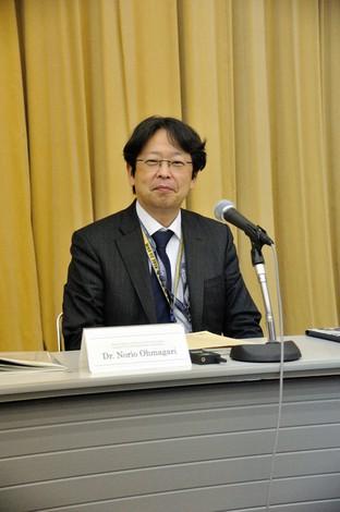 第11回NCGM国際感染症フォーラムで講演した大曲貴夫・国立国際医療研究センター国際感染症センター長=同センター提供