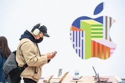 アップルに代表される巨大多国籍企業は国際的な租税回避で、主権国家の税収に深刻な影響を及ぼしている (Bloomberg)