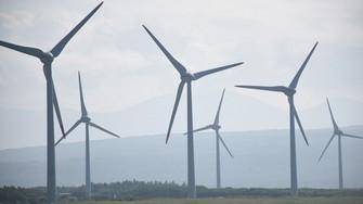地球温暖化防止に向け、日本でも再生可能エネルギーの導入が進んでいる=北海道寿都町で2020年8月27日、高橋由衣撮影