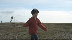 公開中のドキュメンタリー映画「僕が跳びはねる理由」の一場面(C)2020 The Reason I Jump Limited, Vulcan Productions, Inc., The British Film Institute