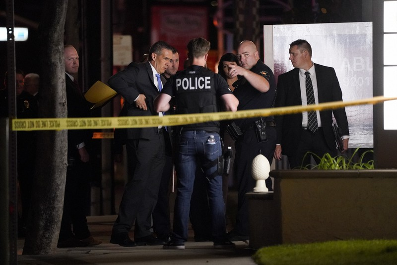 カリフォルニアのビルで銃乱射、子供を含む4人死亡 容疑者は搬送 ...