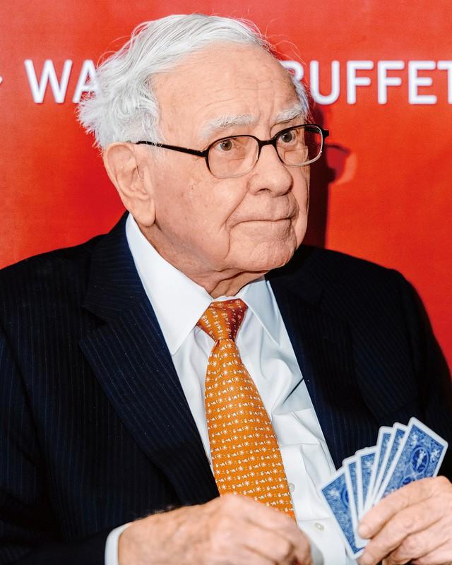 バフェット氏 (Bloomberg)