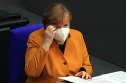 ドイツ・メルケル首相(2021年3月、ベルリンのドイツ連邦議会で) (Bloomberg)