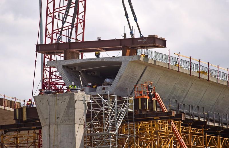 米テキサス州の架橋工事現場 (Bloomberg)