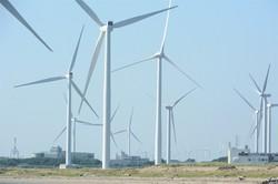 風力発電施設=秋田市で2020年8月26日、古川修司撮影