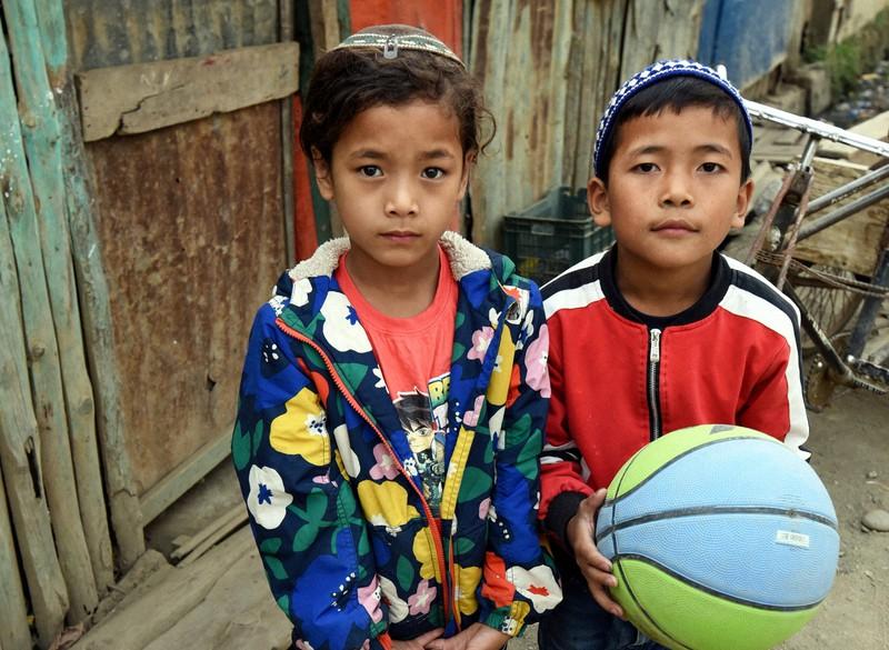 ブネイ・メナシェの子供たち=インド北東部マニプール州チュラチャンドプールで2021年3月、松井聡撮影