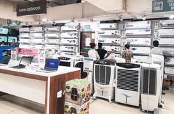 冷媒入りのエアコンは輸入禁止に NNA撮影