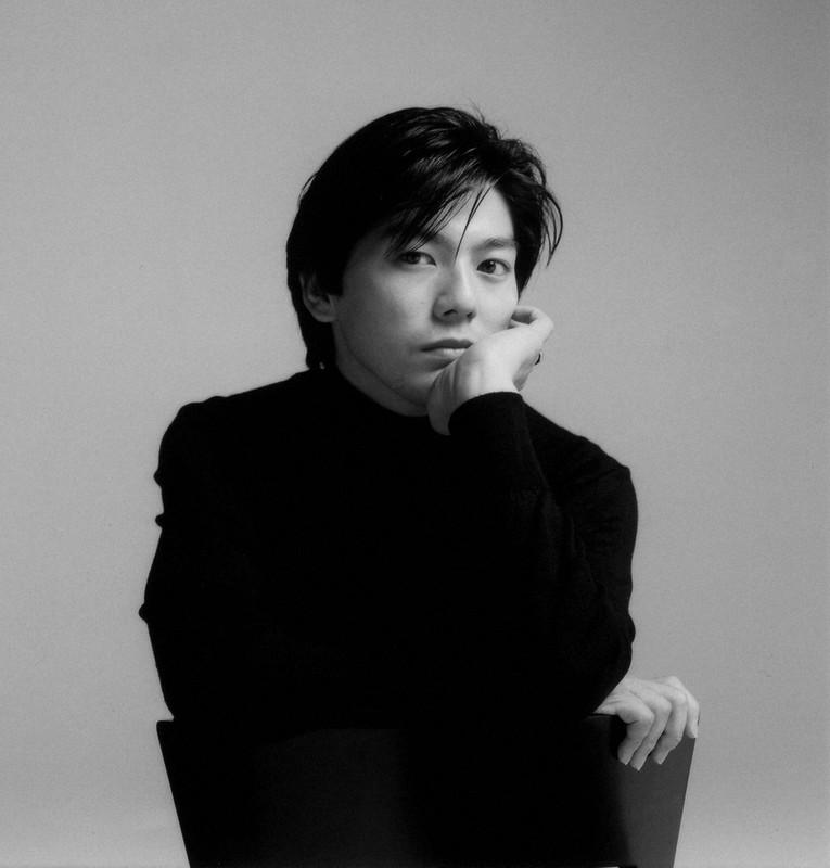 尾崎豊さん没後29年:「社会への反逆児」は本当か 蓮舫さんが語る素顔   毎日新聞