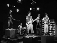 """In this Jan. 16, 1976 file photo, Scottish pop group the Bay City Rollers are seen performing during the taping of a local New York City kids' television program """"Wonderama"""". (AP Photo/Marty Lederhandler)"""