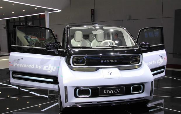DJIの大疆車載と上汽通用五菱汽車が開発する「新宝駿」ブランドのEVコンセプトモデル