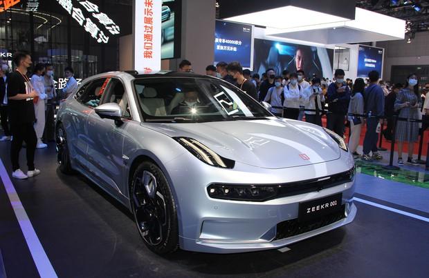 浙江吉利控股集団傘下の高級EVブランド「ZEEKR」の第1弾モデル(2021年4月の上海モーターショー)