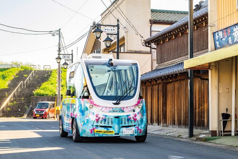 水運で栄えた茨城県境町にやってきたフランス製の自動運転バス 撮影=佐々木龍