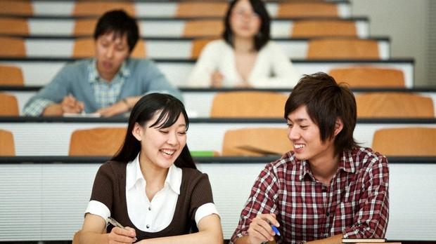 大学生の国民年金保険料は「親が払う」が一番おトク