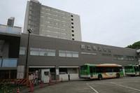 Tokyo Metropolitan Komagome Hospital in Tokyo's Bunkyo Ward is seen in this photo taken on May 11, 2021. (Mainichi/Masahiro Sakai)