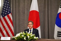 United States' Secretary of State Antony Blinken participates in a trilateral meeting with the foreign ministers of Japan and South Korea on the sidelines of a G7 foreign ministers meeting in London, Wednesday, May 5, 2021. (Ben Stansall/Pool Photo via AP)